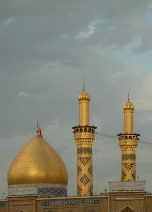 دل قوی دار که دلدار جهان عباس است...